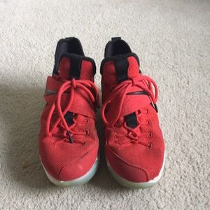 Basketball shoes - Nike Lebrons